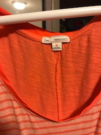 extra large red and beige stripe Gap scoop neck top Knoxville, 37918