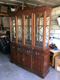 Dining cabinet and hutch Toronto, M9L 2N9