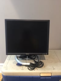 Dell 19 Inch Flat Screen Monitor. Sarnia, N7T 3C8