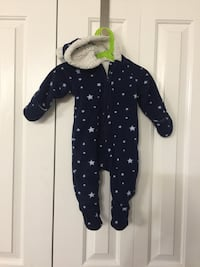 New born Black and white hoodie size 3-6 month  Surrey, V3S