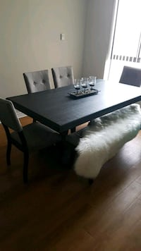 Black dinning table  excellent condition