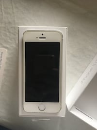 iPhone 5s 16gb  Toronto, M3H 4R4