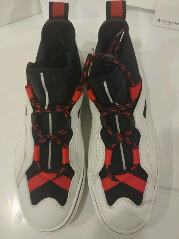 Mens Givenchy Sneakers size 9.5 uk42 4df470ce-739b-4e60-ba65-50b501058498