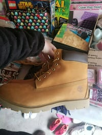Brand new size 14 men's Timberlands  331 mi