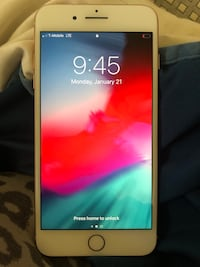 iPhone 8 Plus rose gold 64 gigs Porterville, 93257