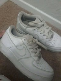 pair of white Nike Air Force 1 low shoes Corpus Christi, 78412