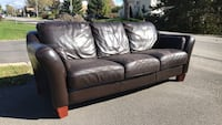 brown leather 3-seat sofa Brossard, J4Z 1H3