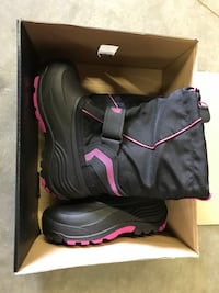 Artic cat youth pink snowmobile boots! (size 2 & size 4)***BRAND NEW!! North Attleboro, 02760