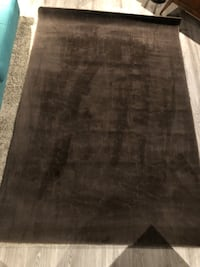 Negotiable: Brown area rug 7.5' x 5' Burnaby, V5J 1Z3
