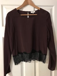 Wilfred from Aritzia Cropped Blouse (size Small) Edmonton, T6R 3J1