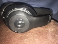 black and gray wireless Beats by Dr. Dre stereo headphones Orillia, L3V 2W1