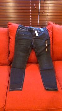 Brand New Jeans Size 12 Gainesville, 20155