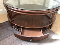 Glass top circle coffee table with 4 drawers - obo San Diego, 92131