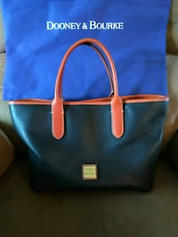 Dooney & Bourke purse Sacramento, 95820