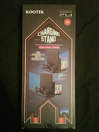 Ps4 charging stand/game holder St. Louis, 63123