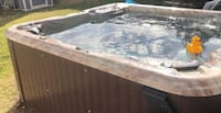 Outdoor jacuzzi with cover & steps Dallas, 75287
