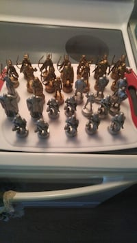 Star wars 2002 LFL chess pieces Calgary, T2B 2V4
