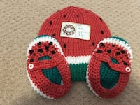 toddler's pair of red knitted shoes with beanie London, N6G 5A6
