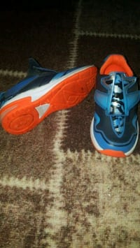 Boys CLARKS UK  trainers very good condition Fethiye