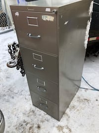 File cabinets with no keys Sherwood Park, T8A 1G5