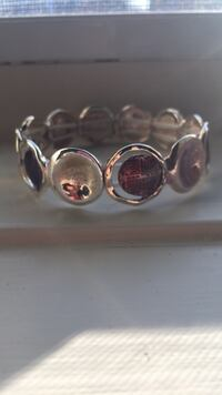 silver-colored ring with clear gemstones Toronto, M2M 2M1