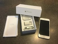 Gold iPhone 6 with box Surrey, V3S 1Z1