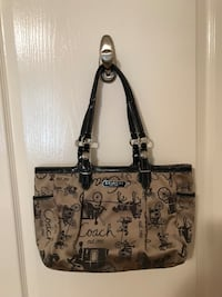 COACH PURSE- perfect condition Ottawa, K1T 3S2