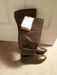 New blondo  brown leather boots