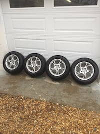 A/R Aluminum wheels w/Michelin tires. No lugs. See pics for details....LAST CHANCE !!! Leonardtown, 20650