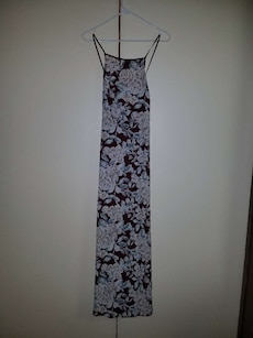 Burgandy Summer Dress with Floral Print - Size M