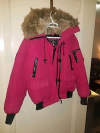 women's coats and sweaters  London, N5V 3Y4