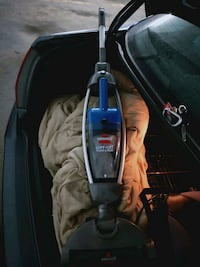 Bissell 2 in 1 cordless vacuum Toronto, M4C 5A2