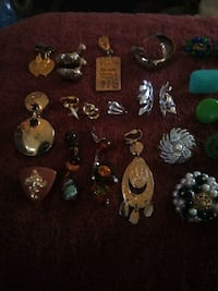 40+ pieces clipon earrings Grand Junction, 81503