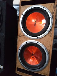 """12"""" Subs in box - Great Condition WORK GOOD Las Vegas"""