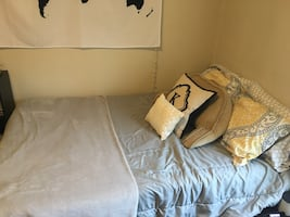 Full Sized Bed (Mattress, Boxspring, and Frame)