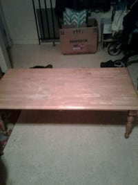 Oak coffee table (pick up only) Edmonton, T5X 3A2