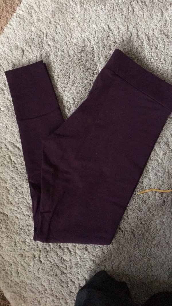 Size Large Purple Leggings
