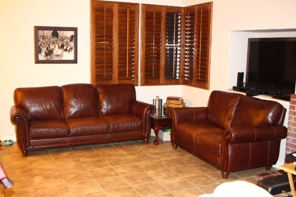 Leather Sofa and Love Seat (Macys) Excent Condition
