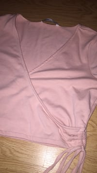 women's pink spaghetti strap top Windsor, N9A 3W9