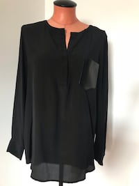 Club Monaco Silk Top Size Medium Surrey