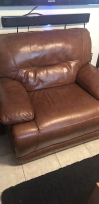 beautiful brown  leather electronic   chair  Spring, 77388