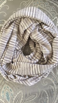 white and gray stripe scarf