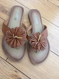 Pair of brown leather sandals Ottawa, K1G 3S7