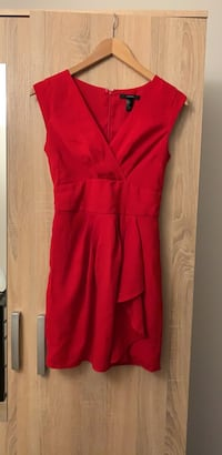 Red dress size S Oslo, 0585
