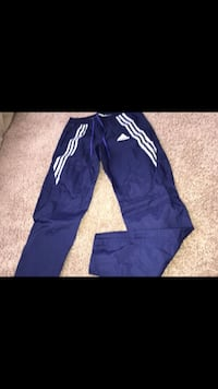 blue and white Adidas sweatpants Hyattsville, 20785