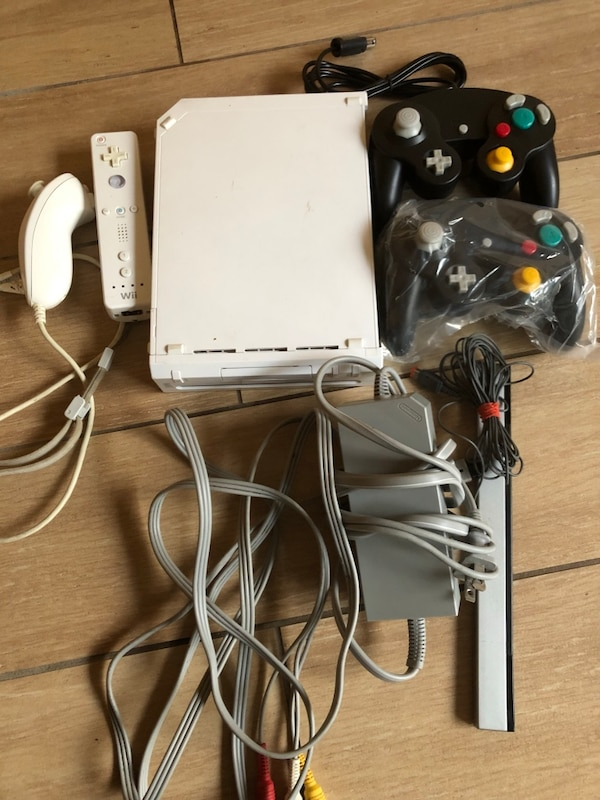 Modified Wii with over 2000 games