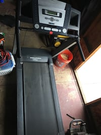 Treadmill $175 OBO ❗️❗️ PLEASE Read Ad CAREFULLY before Asking Questions