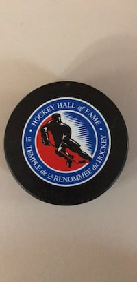 Hockey Hall of Fame Puck Dunkirk, 20754