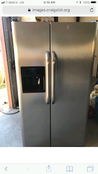 ICE Cold!!!!! LG Stainless Steel Refrigerator
