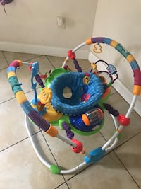 baby's multicolored jumperoo Hollywood, 33024